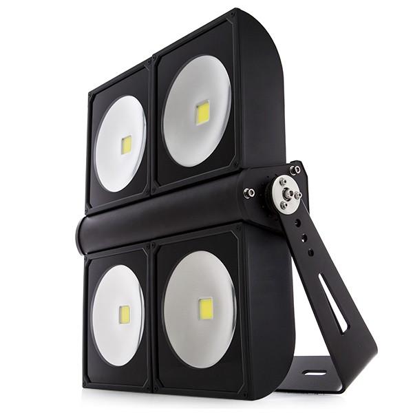Foco proyector de leds para exterior 400w 34680lm for Focos de led para exterior
