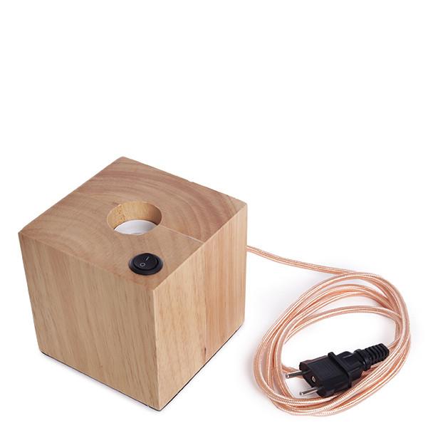 L mpara de mesa de madera sin bombilla for Lamparas de mesa de madera